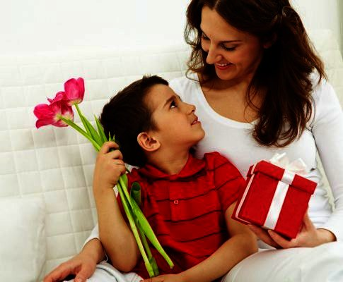 Best Gift Ideas for Mom This Mother's Day